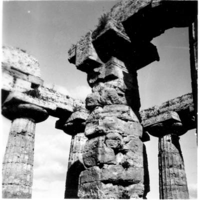 Poséidonia-Paestum, temple d'Héra, mur de l'adyton.