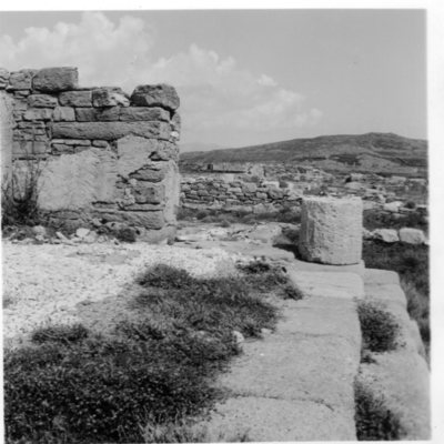 Délos, Quartier du Lac, Sanctuaire du Bastion (?) (en cours de révision)