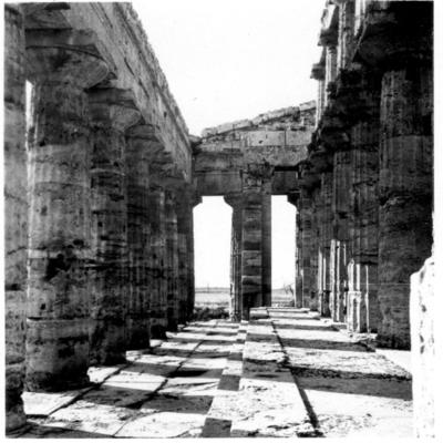 Poséidonia-Paestum, temple de Poséidon, portique Sud.
