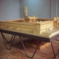 Musée de Palmyre : maquette du sanctuaire de Bêl<br />